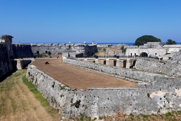 La Fortaleza San Carlos de La Cabaña es una obra cumbre del sistema abaluartado español - Sputnik Mundo