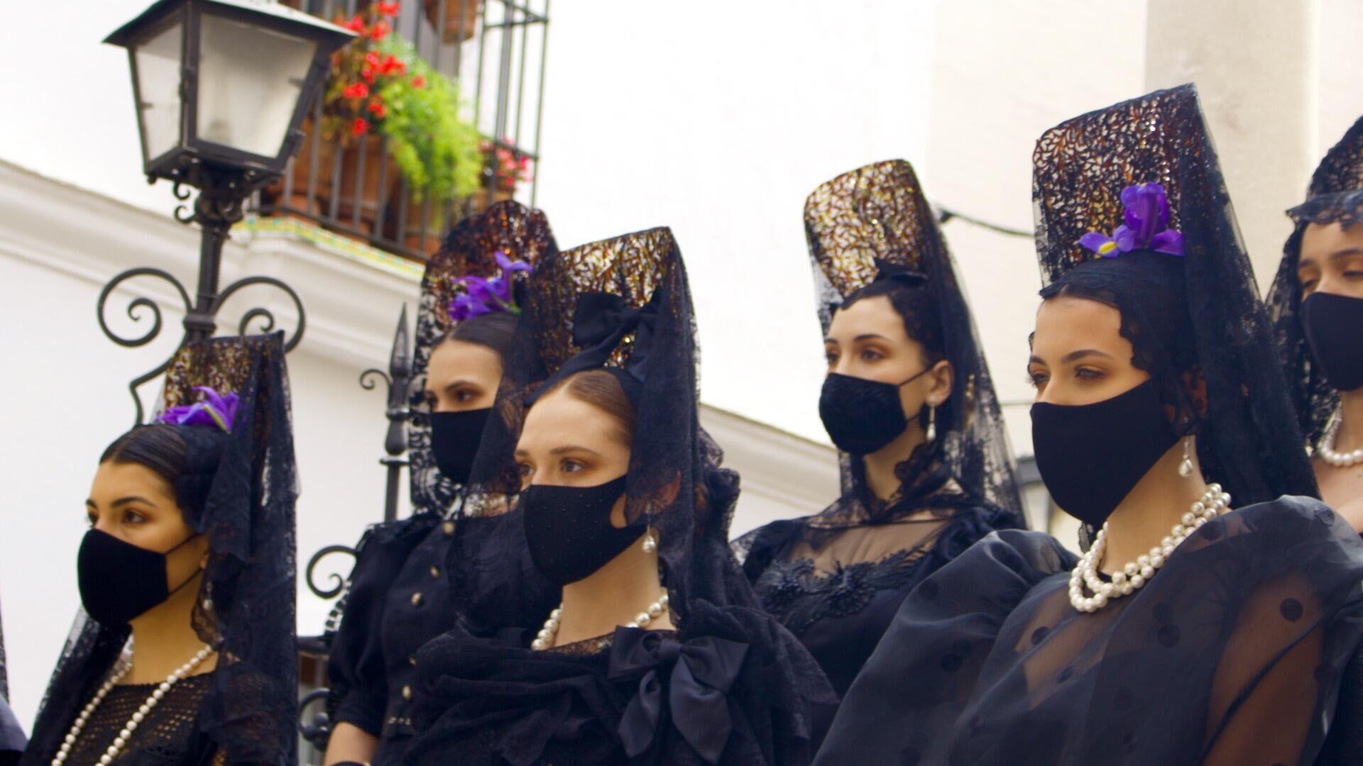 Desfile  'Sí, Mantilla' en Sevilla - Sputnik Mundo, 1920, 02.04.2021