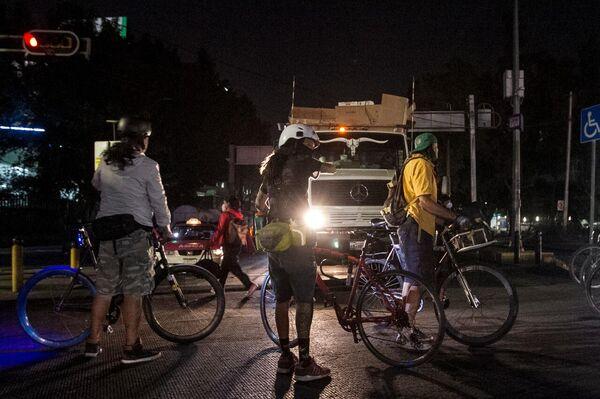 Viernes de furia en la Ciudad de México - Sputnik Mundo