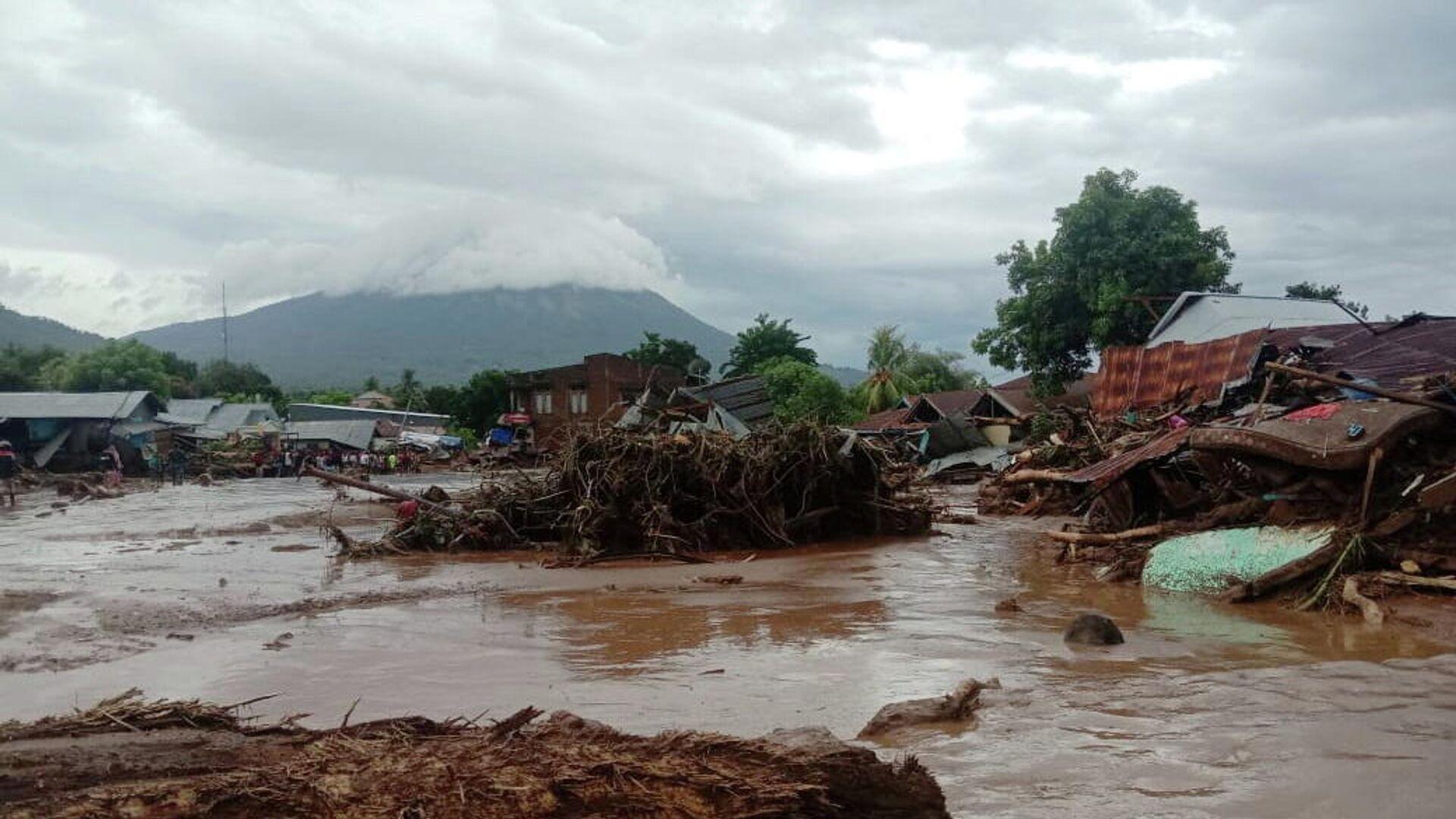 Inundaciones en provincia indonesia de Nusa Tenggara Oriental - Sputnik Mundo, 1920, 05.04.2021