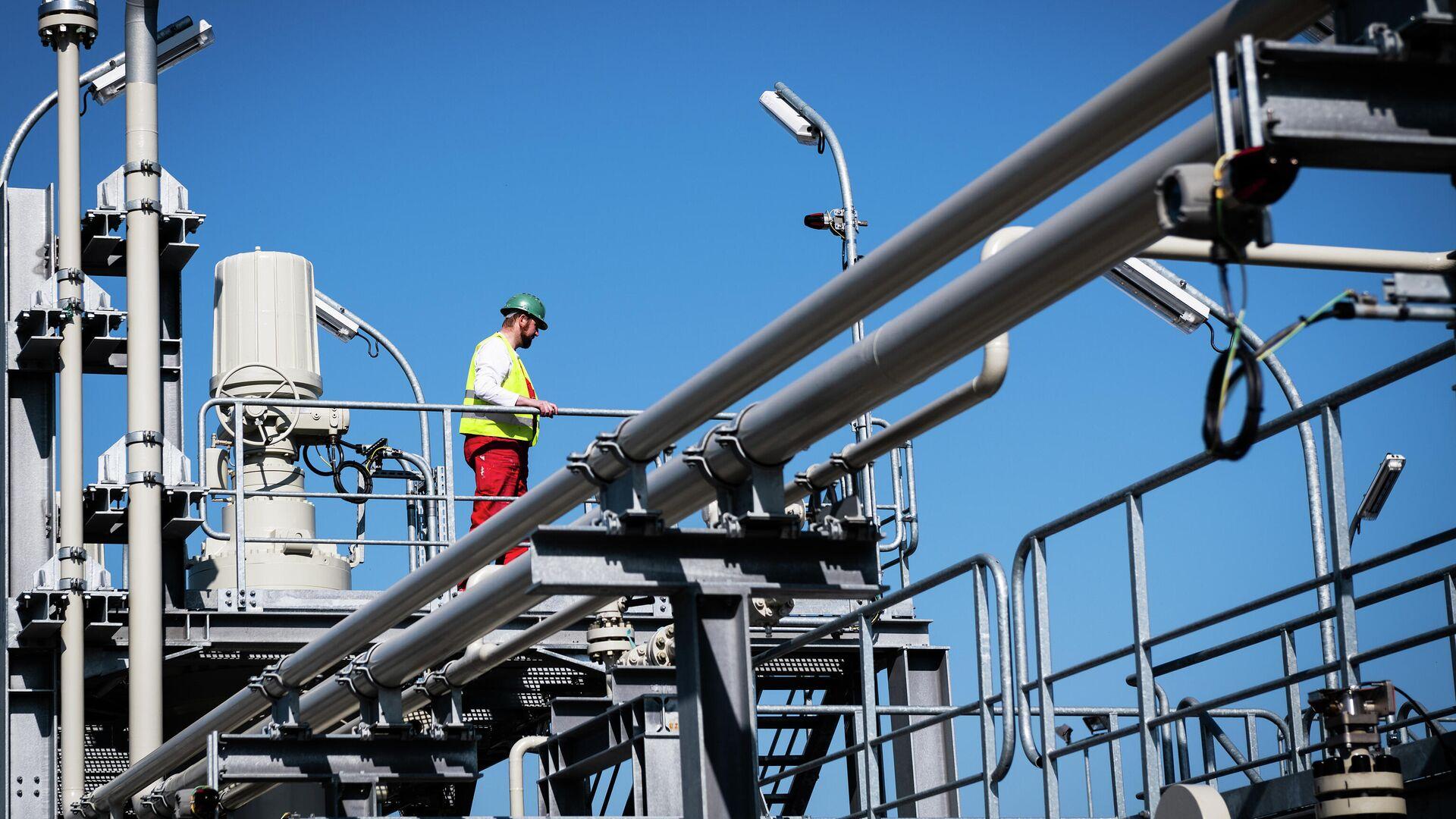 La construcción del gasoducto Nord Stream 2 en Alemania - Sputnik Mundo, 1920, 05.04.2021