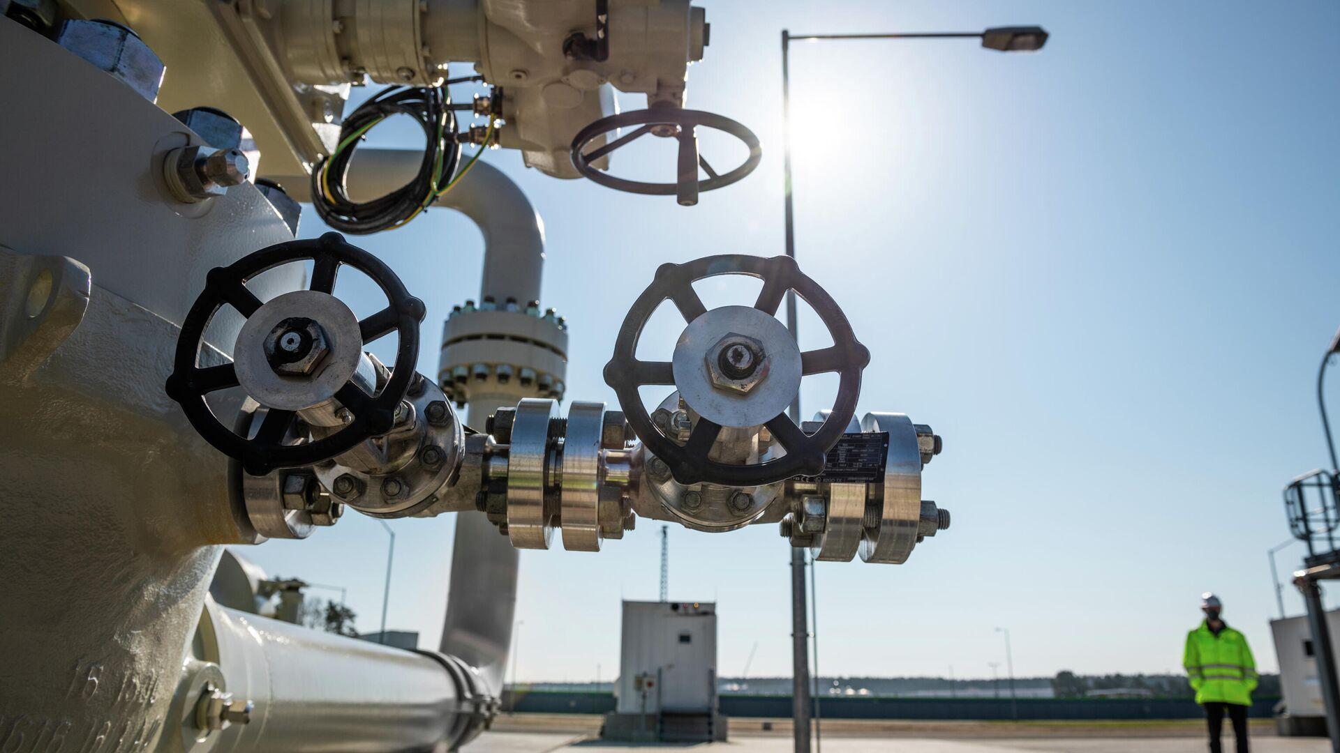 La construcción del gasoducto Nord Stream 2 en Alemania - Sputnik Mundo, 1920, 08.04.2021
