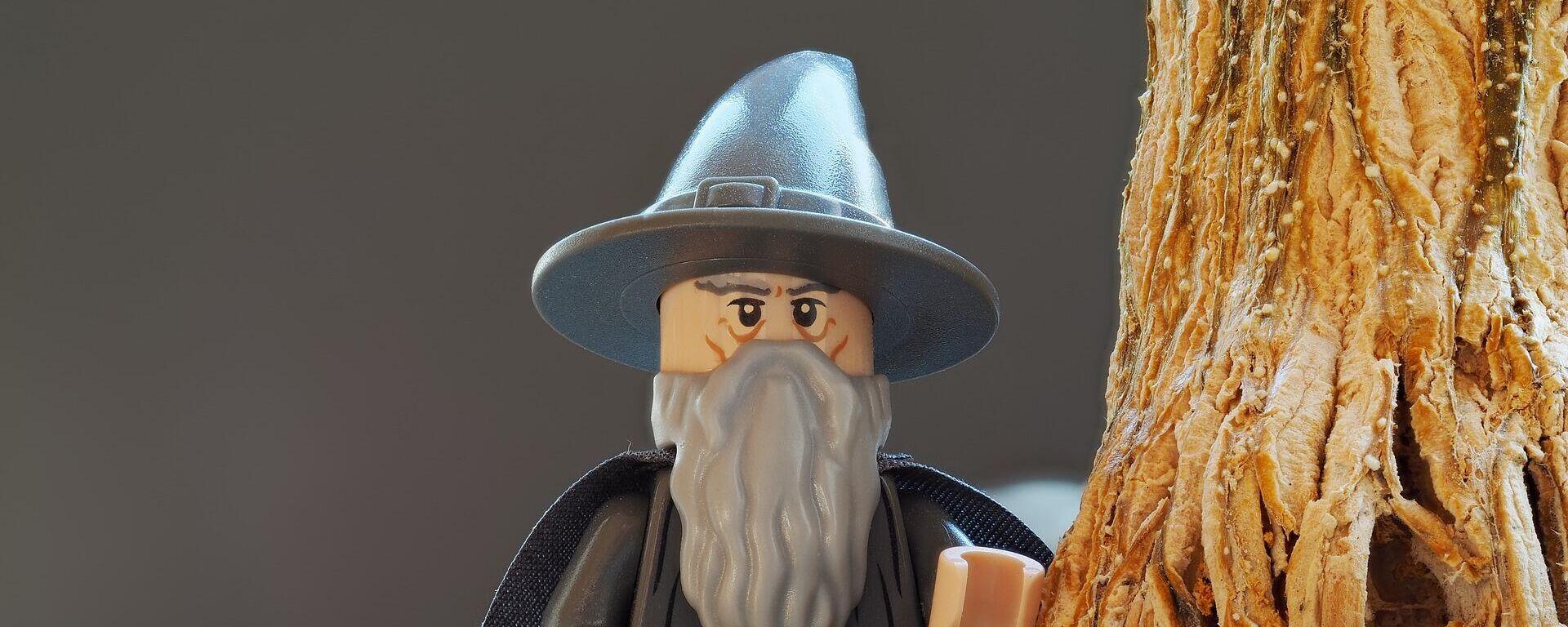 Figurilla de Gandalf, personaje del libro 'El señor de los anillos' - Sputnik Mundo, 1920, 08.04.2021