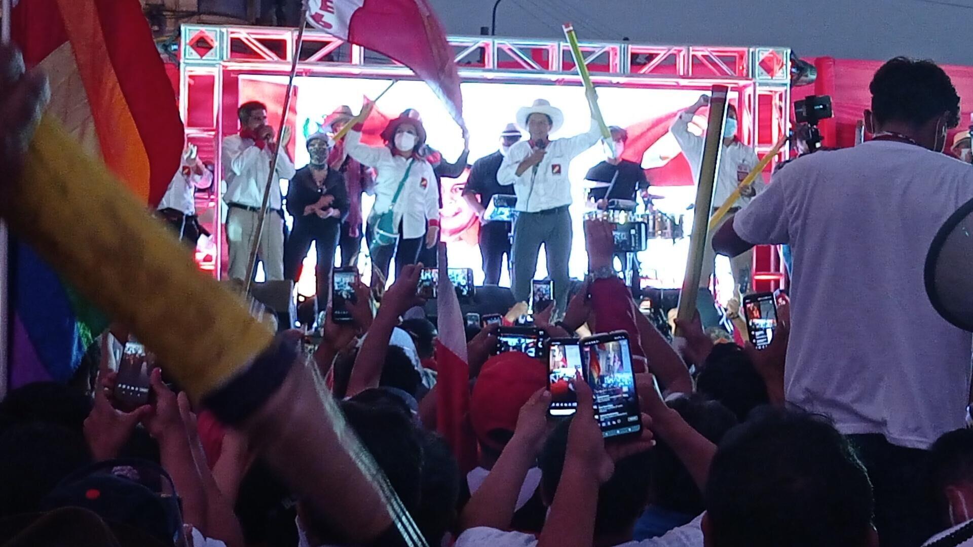 Acto de cierre de campaña de Pedro Castillo, candidato presidencial por Perú Libre - Sputnik Mundo, 1920, 10.04.2021