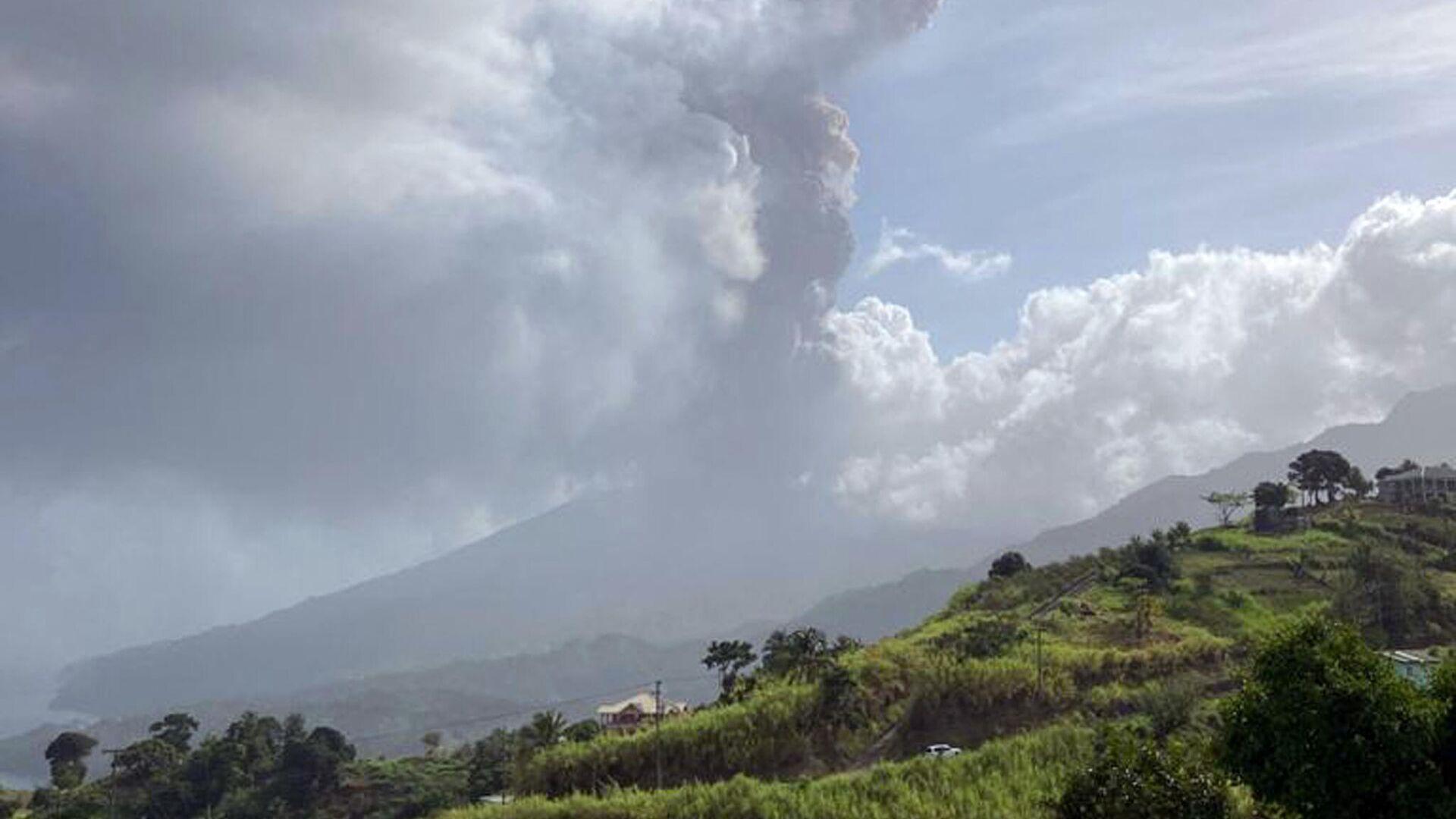 El volcán Soufrière en San Vicente y las Granadinas - Sputnik Mundo, 1920, 10.04.2021