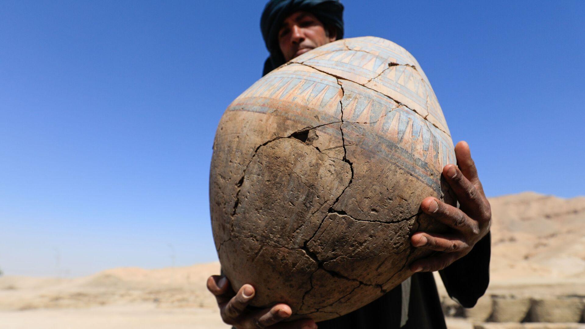 Раскопки на месте обнаруженного недалеко от Луксора золотого города в Верхнем Египте - Sputnik Mundo, 1920, 11.04.2021