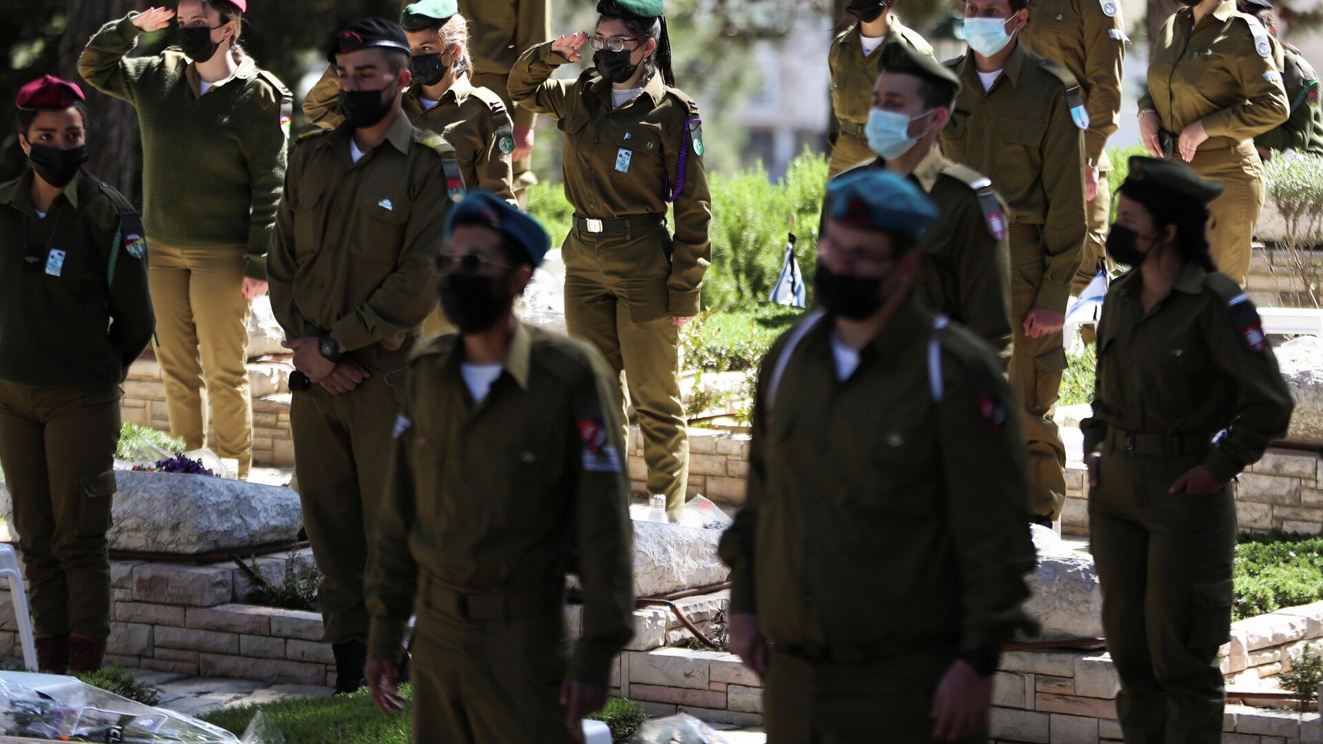 Los soldados israelíes conmemoran a víctimas del terrorismo en el Día de los Caídos, Jerusalem, el 14 de abril de 2021 - Sputnik Mundo, 1920, 14.04.2021