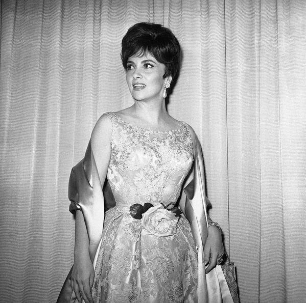 La actriz italiana Gina Lollobrigida en los Premios de la Academia, 1961 - Sputnik Mundo