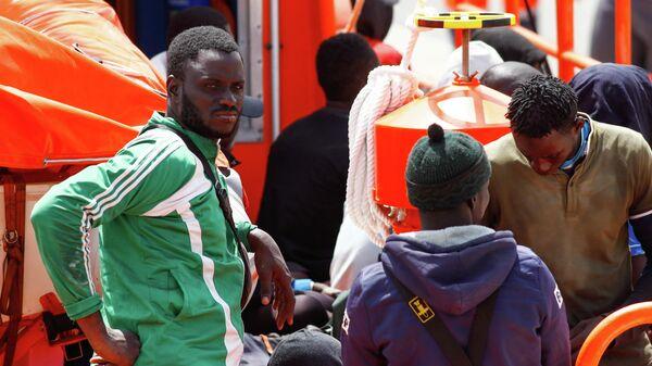 Inmigrantes en las Islas Canarias, España - Sputnik Mundo