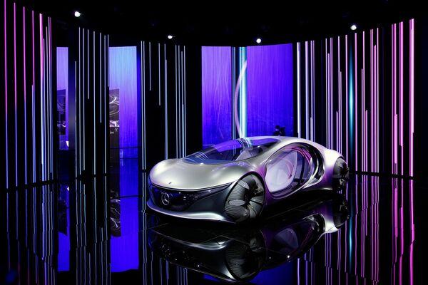 Aproximadamente 1.000 empresas de todo el mundo participan en la exposición. En la foto: el concepto del Mercedes-Benz Vision AVTR. - Sputnik Mundo