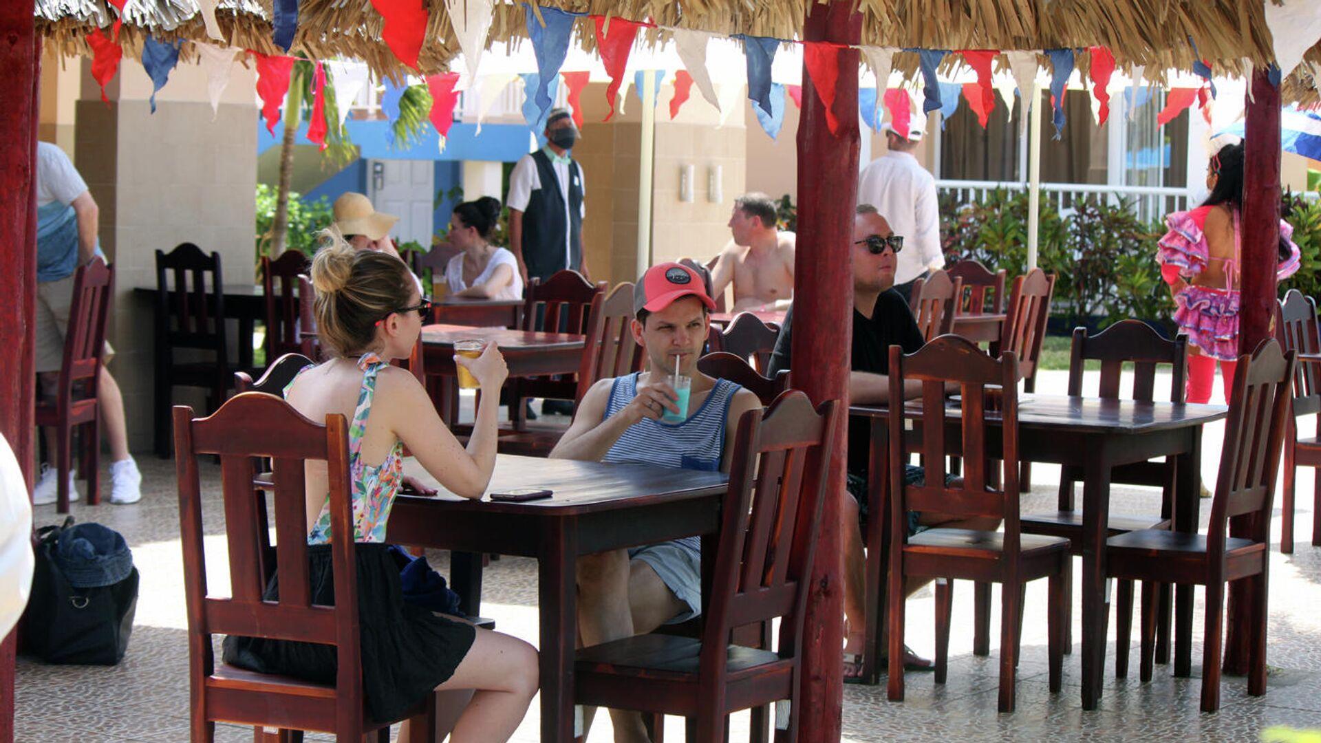 Turistas rusos en Varadero, Cuba - Sputnik Mundo, 1920, 05.07.2021