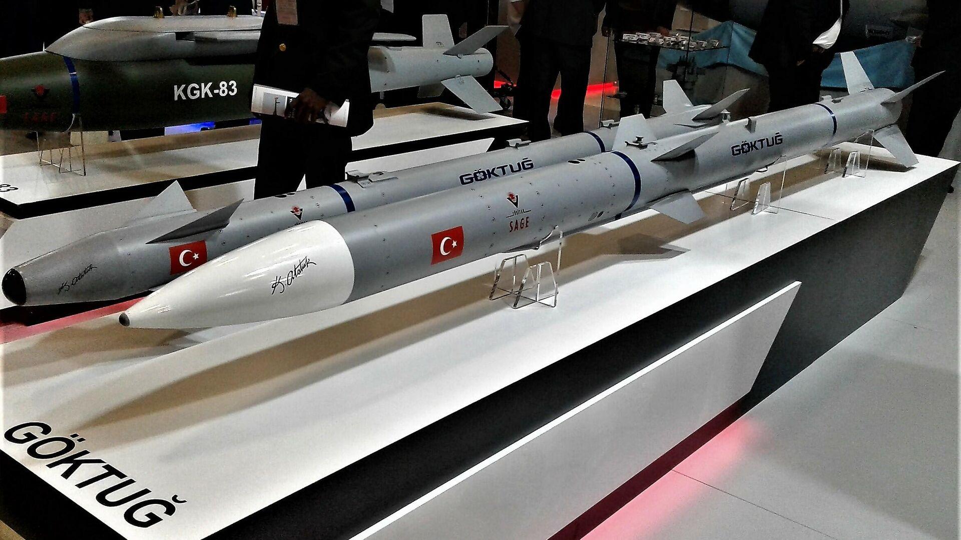 Los dos misiles desarrollados en el marco del programa Goktug - Sputnik Mundo, 1920, 21.04.2021