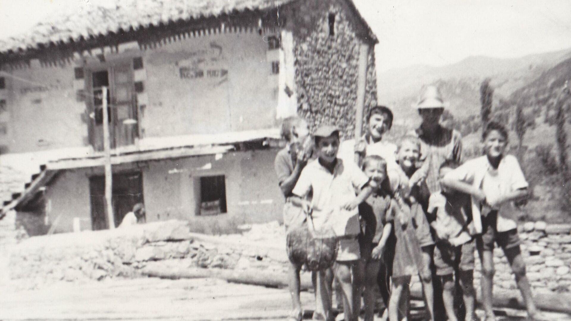 Niños en Jánovas (Huesca) - Sputnik Mundo, 1920, 22.04.2021
