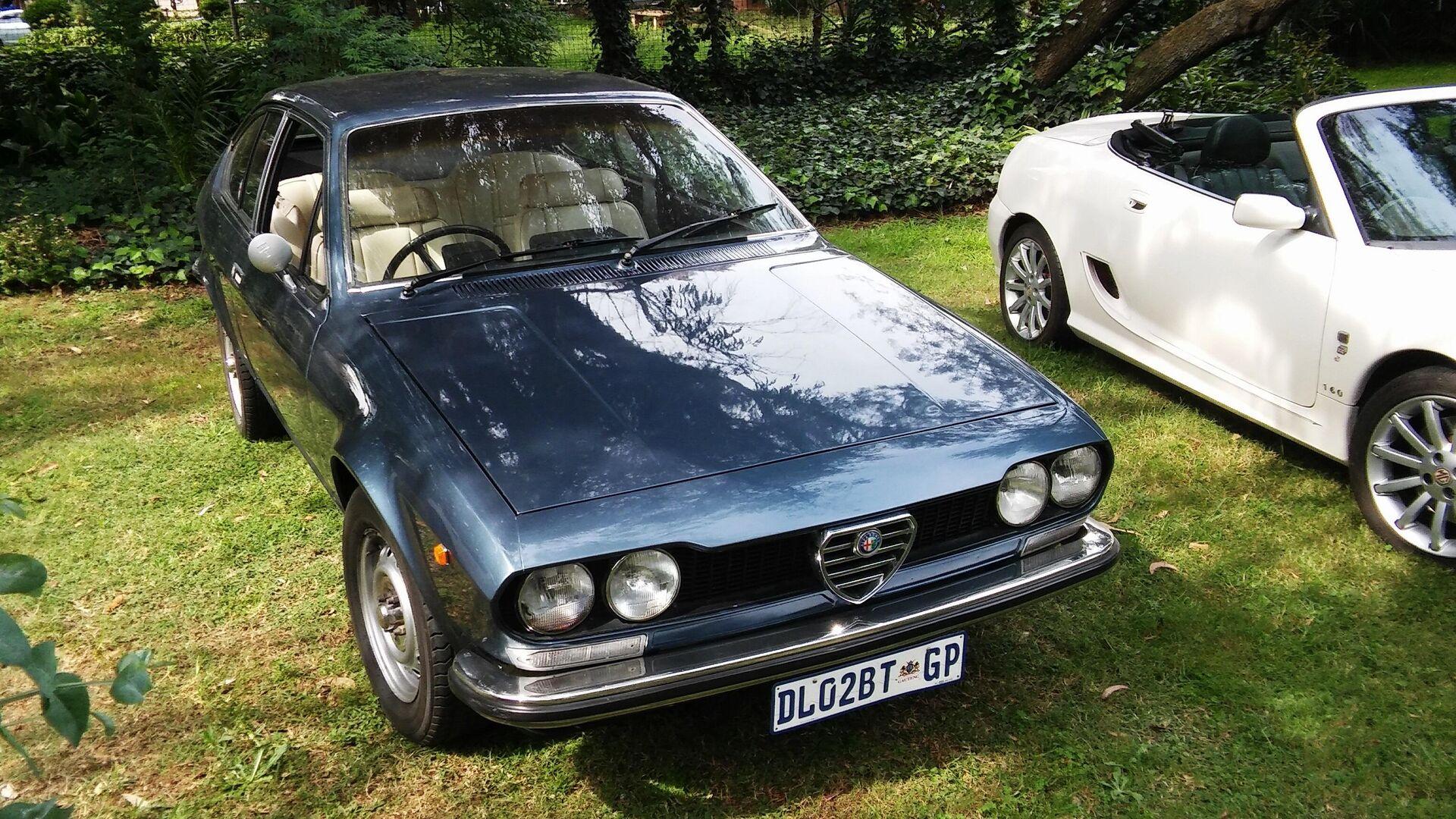 8. Alfa Romeo Alfetta 1974 (58,53% alineado con la proporción áurea) - Sputnik Mundo, 1920, 22.04.2021