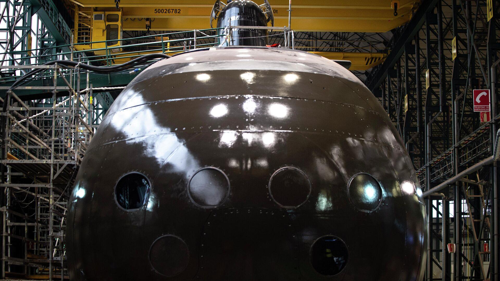 El submarino S-91 Isaac Peral en el taller donde se ha construido - Sputnik Mundo, 1920, 22.04.2021