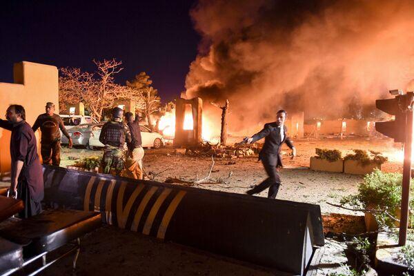 El lugar de la explosión en el Hotel Serena de 5 estrellas en Quetta (Pakistán). - Sputnik Mundo