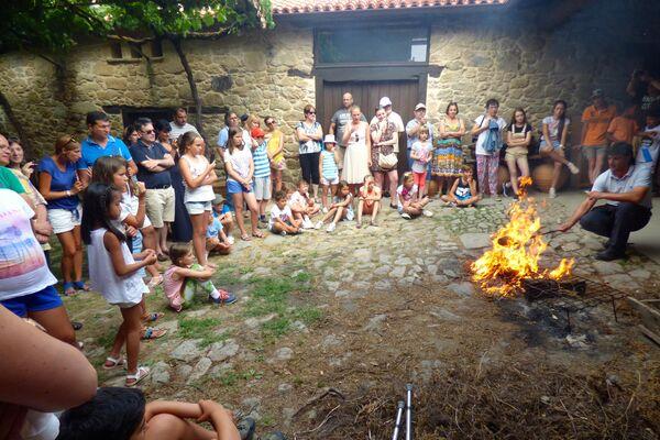 'Niños de Chernóbil', participantes del programa de la Asociación Ledicia Cativa durante una actividad cultural en Galicia en 2015 - Sputnik Mundo