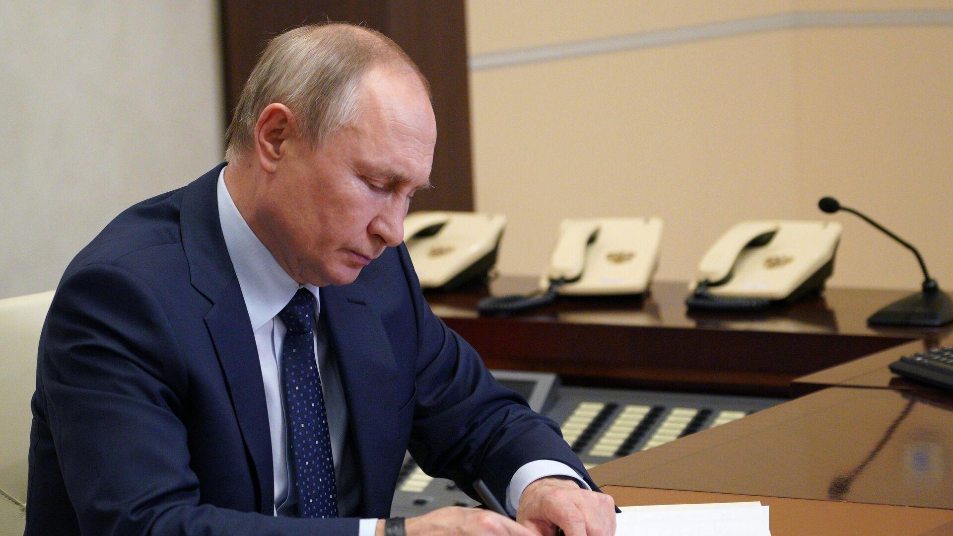 El presidente de Rusia, Vladímir Putin - Sputnik Mundo, 1920, 07.06.2021