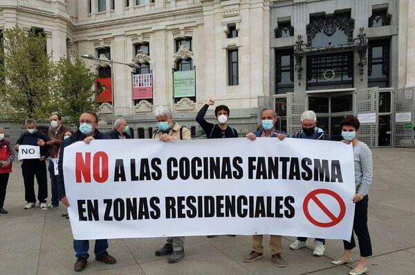 Protesta vecinal en Madrid contra las 'Dark Kitchen' - Sputnik Mundo