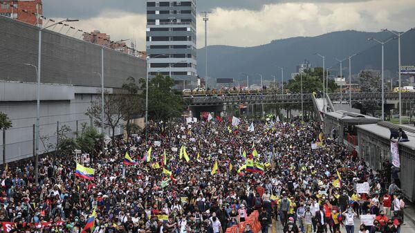 Protest en Colombia - Sputnik Mundo