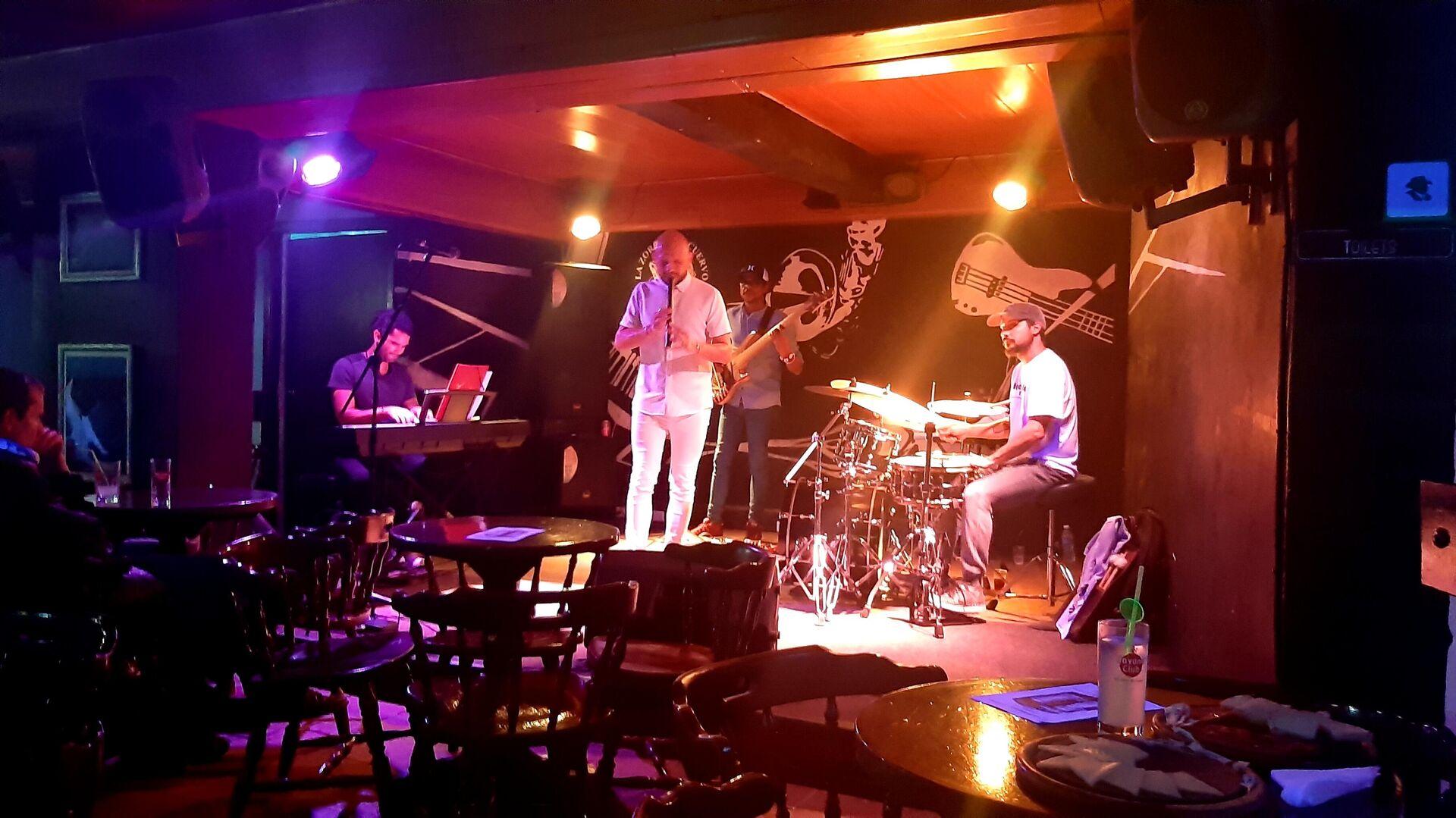 Club de jazz La Zorra y el Cuervo, en La Habana - Sputnik Mundo, 1920, 30.04.2021