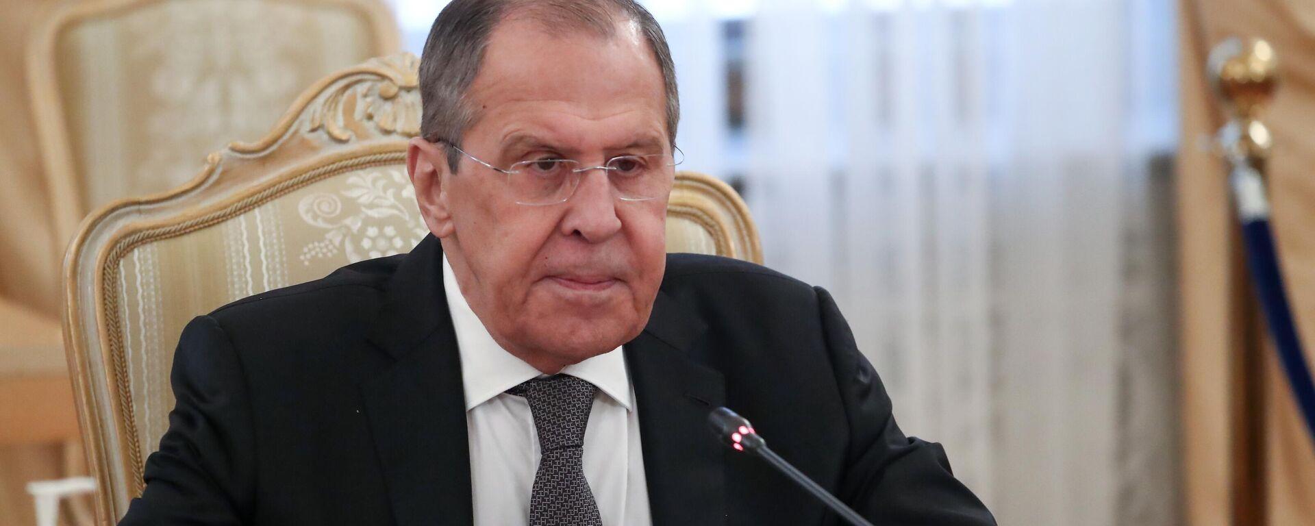 Serguéi Lavrov, el ministro ruso de Exteriores, durante la reunión con su homólogo palestino, Riad Malki - Sputnik Mundo, 1920, 05.05.2021