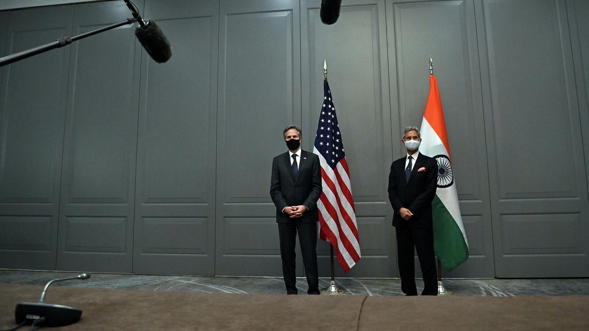 El secretario del Estado de EEUU, Antony Blinken, y el canciller indio, Subrahmanyam Jaishankar, durante G7 en Londres - Sputnik Mundo, 1920, 05.05.2021