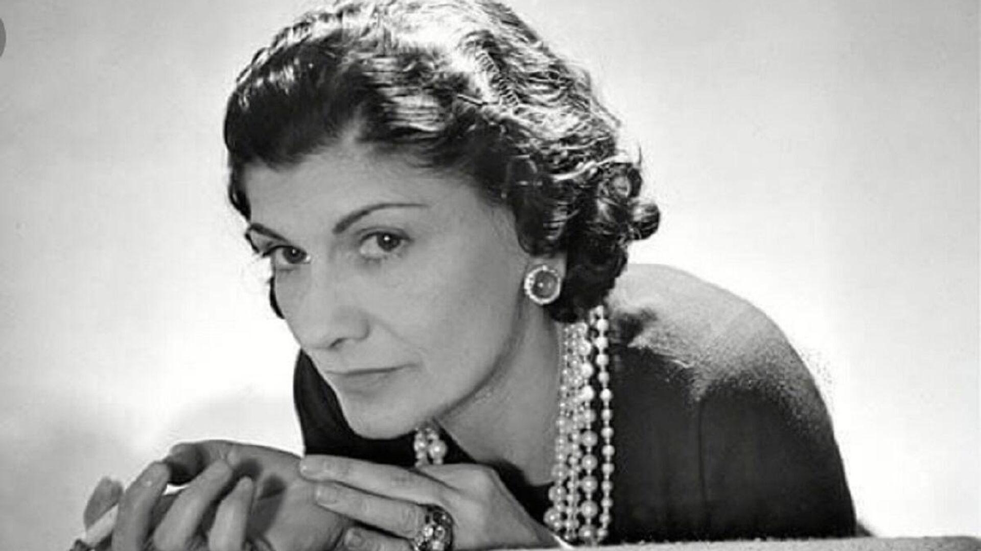 Gabrielle Chanel, conocida artísticamente como Coco Chanel  - Sputnik Mundo, 1920, 05.05.2021