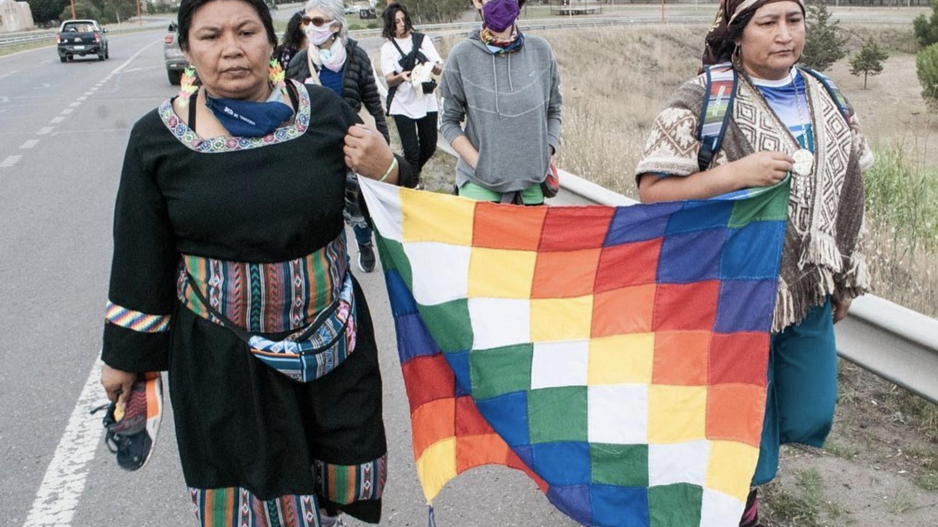 Caravana del bloque sur del Movimiento de Mujeres Indígenas por el Buen Vivir llega a la ciudad de Viedma - Sputnik Mundo, 1920, 07.05.2021