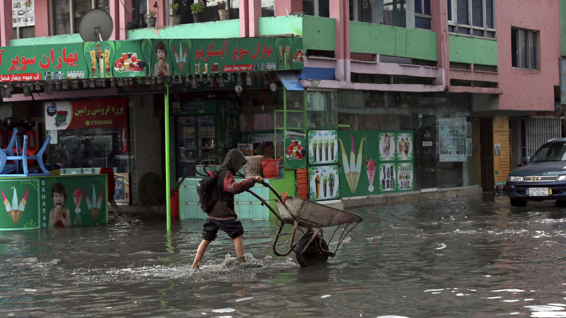 Inundación en Afganistán por las fuertes lluvias - Sputnik Mundo, 1920, 08.05.2021