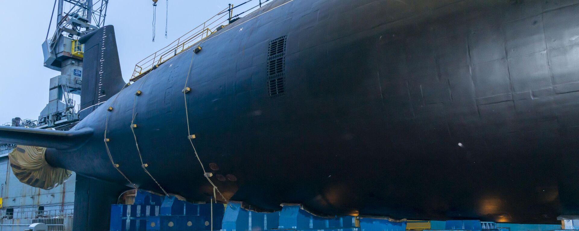 Un submarino de misiles de propulsión nuclear ruso, del proyecto Yasen-M - Sputnik Mundo, 1920, 08.05.2021