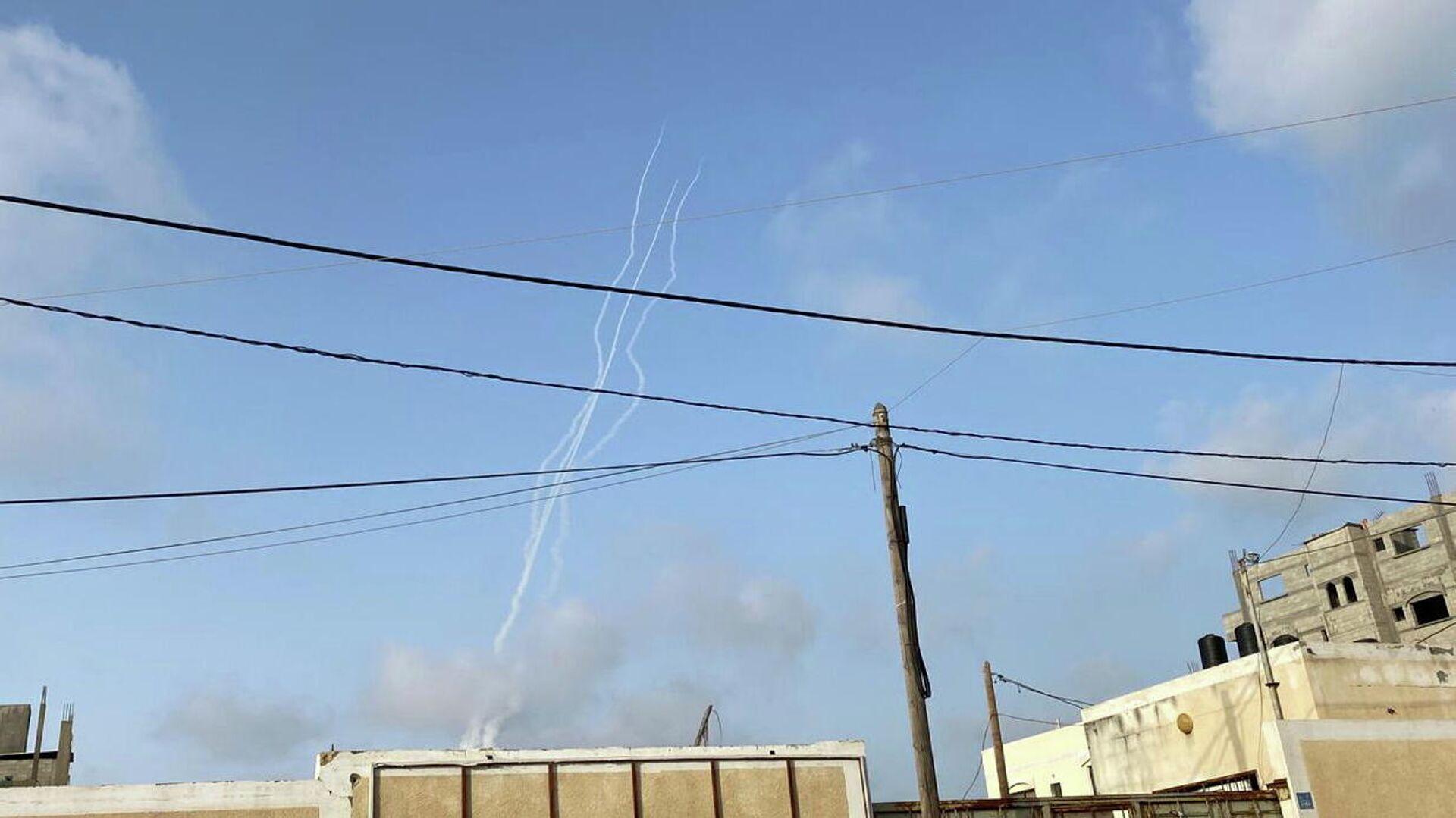 Lanzamiento de cohetes desde Gaza hacia Israel - Sputnik Mundo, 1920, 10.05.2021