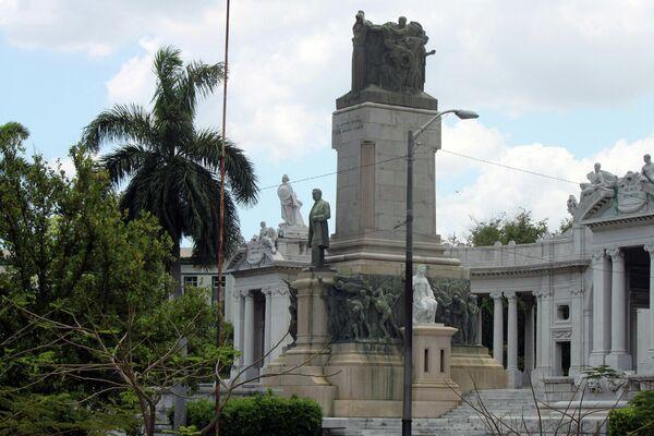 Estatua al expresidente cubano José Miguel Gómez (1909-1913), La Habana, Cuba  - Sputnik Mundo