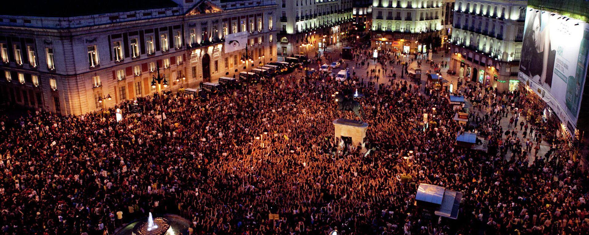 La Puerta del Sol de Madrid, en mayo de 2011 - Sputnik Mundo, 1920, 15.05.2021