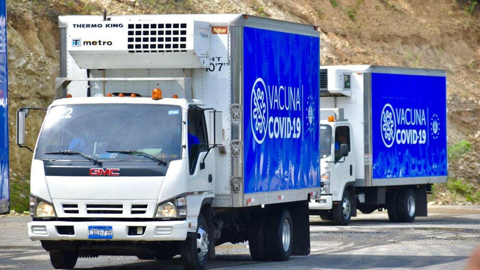 Llegada a Honduras de vacunas contra el coronavirus donadas por el presidente salvadoreño - Sputnik Mundo, 1920, 13.05.2021