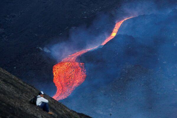 La erupción del volcán Pacaya en Guatemala.  - Sputnik Mundo