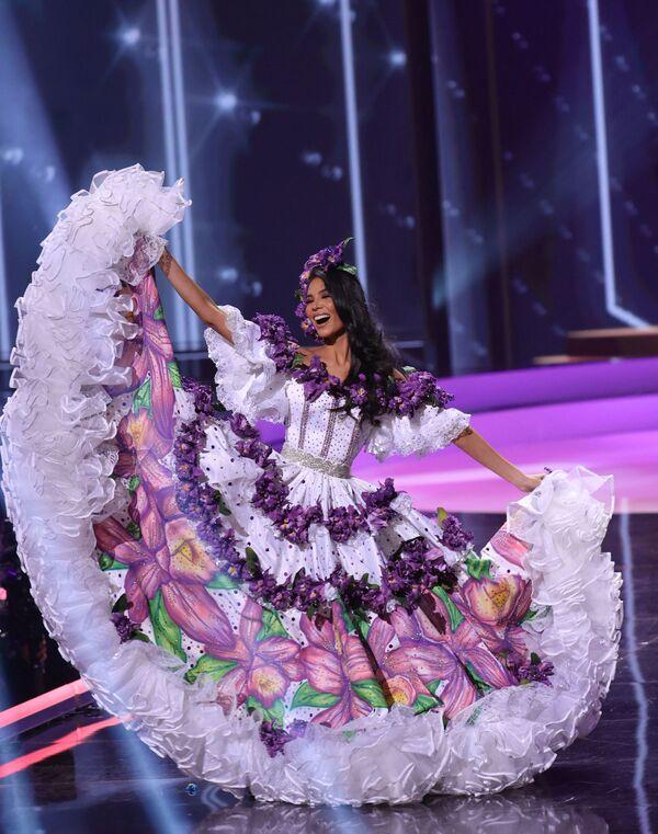 Miss Universo es uno de los cuatro concursos de belleza más importantes y prestigiosos del mundo, junto con los certámenes de Miss Mundo, Miss Internacional y Miss Tierra. En la foto: Miss Costa Rica, Ivonne Cerdas Cascante. - Sputnik Mundo