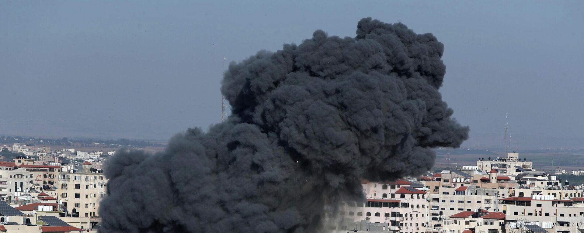 Un bombardeo israelí en Gaza, imagen referencial - Sputnik Mundo, 1920, 14.05.2021
