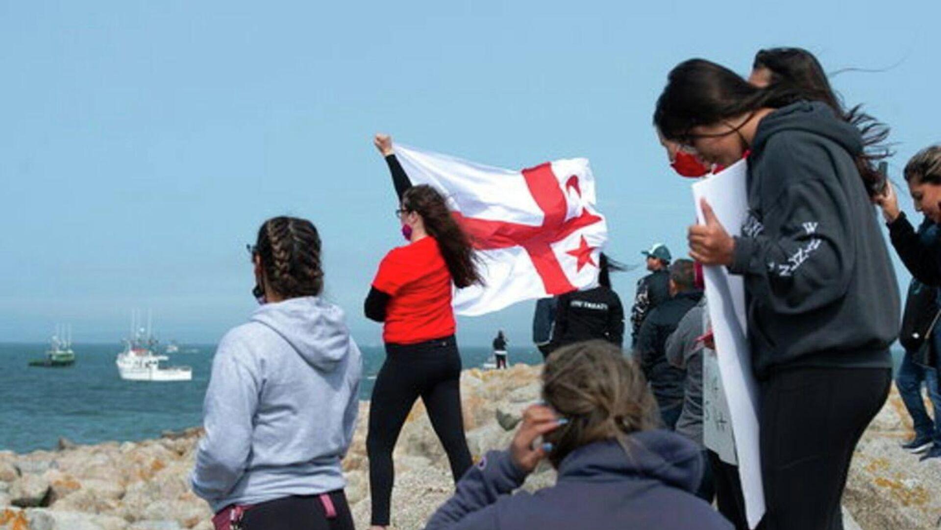 Representantes del pueblo micmac en protesta a favor de sus derechos de pesca en Canadá, el 17 de septiembre del 2020 - Sputnik Mundo, 1920, 16.05.2021