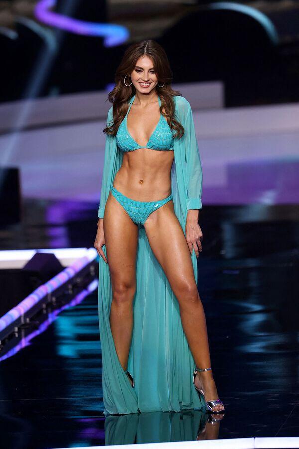 Ana Marcelo, representante de Nicaragua, desfila durante el concurso de belleza Miss Universo 2021 en Florida, EEUU. - Sputnik Mundo