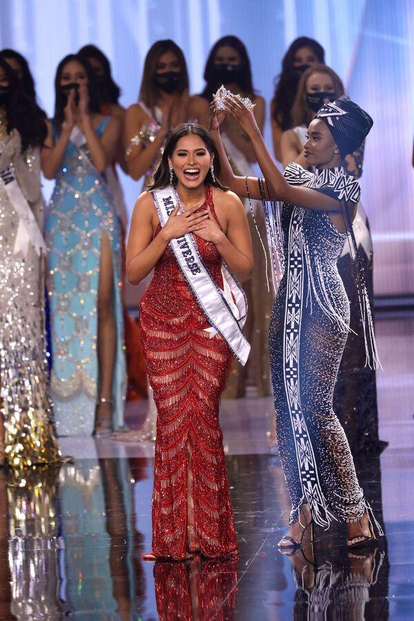 En su discurso de clausura, la nueva Miss Universo habló sobre los cambiantes cánones de belleza e instó a las mujeres a tener más confianza en sí mismas. - Sputnik Mundo