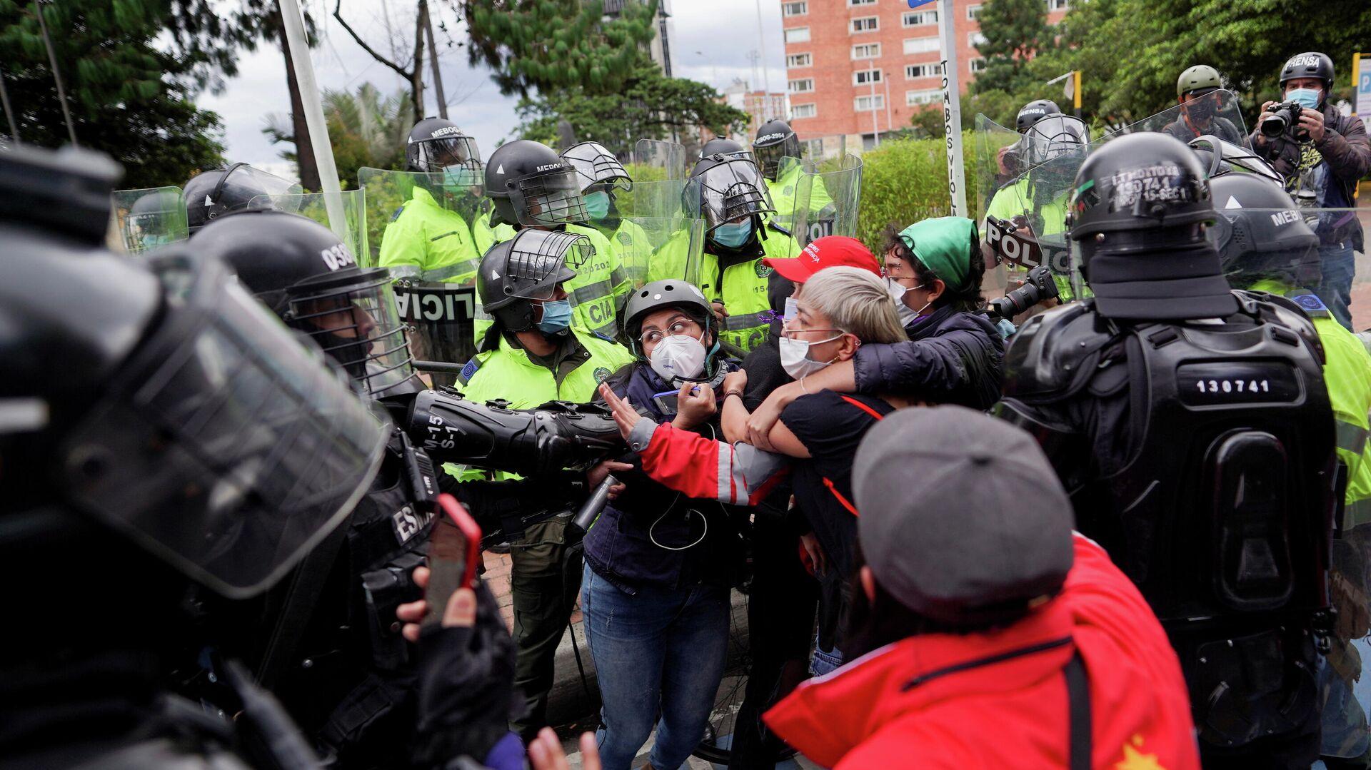 Líder social denuncia que las víctimas del abuso policial en Colombia son  pobres y jóvenes - 18.05.2021, Sputnik Mundo