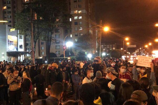 Conmemoración realizada en Cali a las víctimas de violencia policial en Colombia - Sputnik Mundo