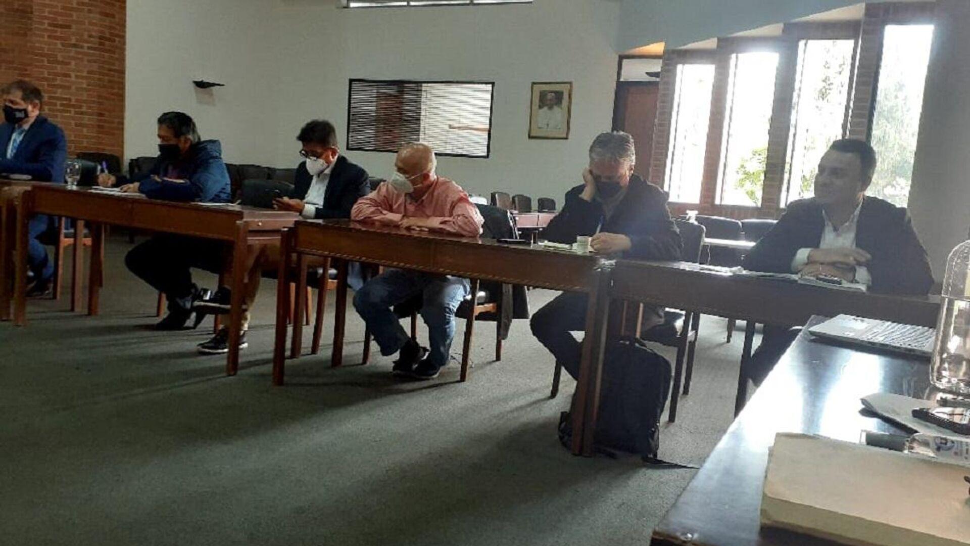 Representantes del Comité Nacional del Paro colombiano y los mediadores de la Iglesia y ONU se reúnen en Bogotá y analizan los pasos a seguir en las protestas que este martes cumplen 21 días - Sputnik Mundo, 1920, 18.05.2021