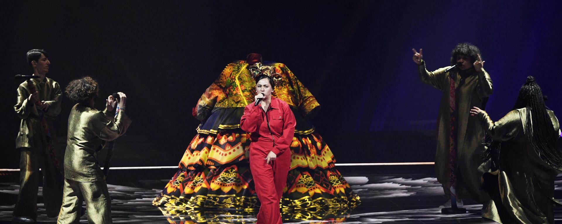 La actuación de la cantante Manizha en el concurso musical Eurovisión 2021 - Sputnik Mundo, 1920, 19.05.2021