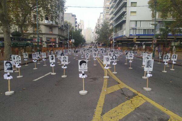 Marcha de silencio en conmemoración de las víctimas de la ditadura en Uruguay - Sputnik Mundo
