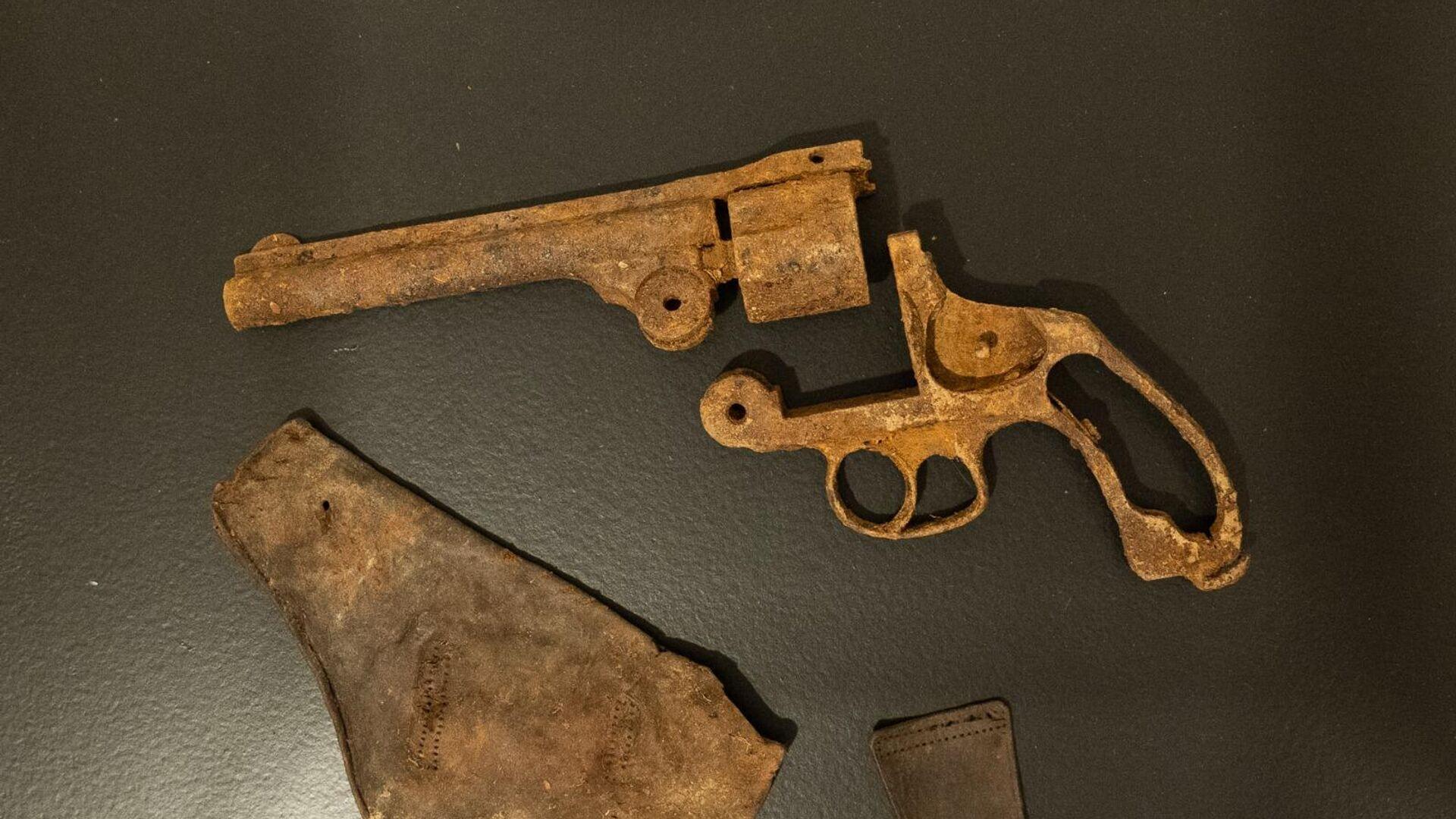 Revólver de un guerrillero encontrado en Ciudad de la Selva - Sputnik Mundo, 1920, 21.05.2021
