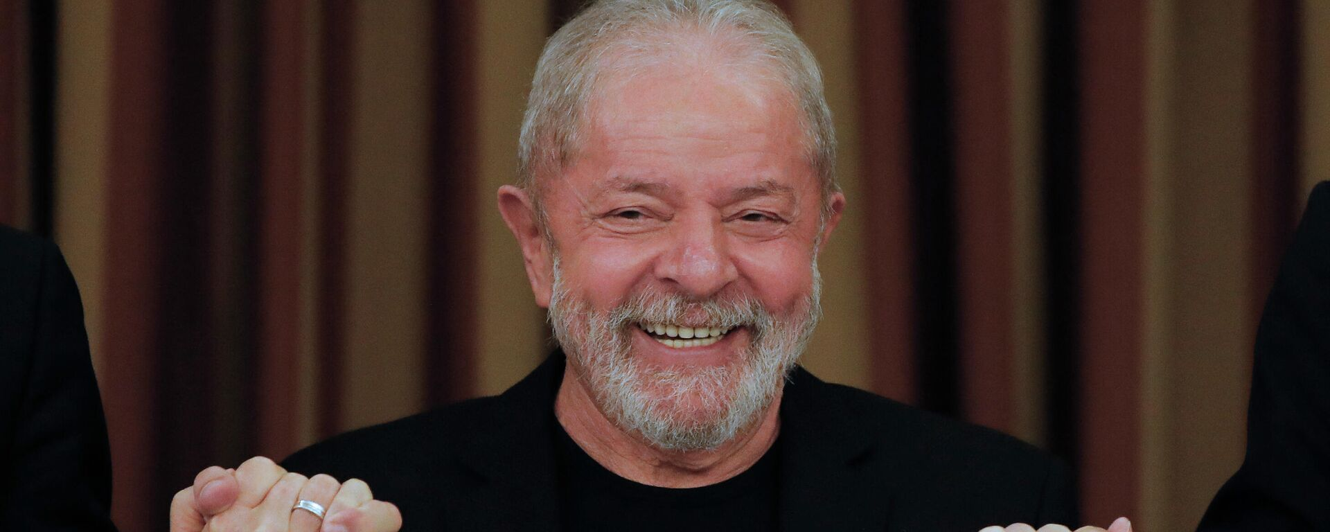 El ex presidente de Brasil, Luiz Inácio Lula da Silva, durante una reunión con diputados y senadores del Partido de los Trabajadores. Brasilia, 18 de febrero de 2020. - Sputnik Mundo, 1920, 17.06.2021