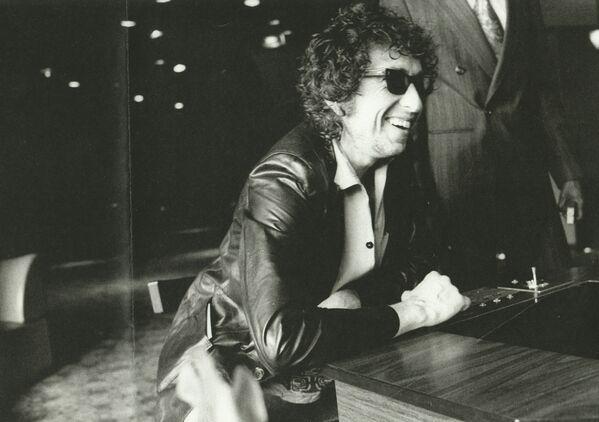 Bob Dylan durante una gira europea, en 1978. - Sputnik Mundo