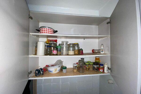 Imagen de la cocina de Rosario Bravo después de desahuciarla por error - Sputnik Mundo